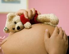 Il parto in casa propria – La moda delle madri vip
